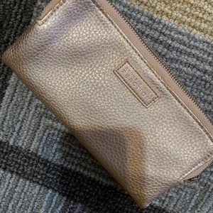 Super cute Kenneth Cole rose gold wallet